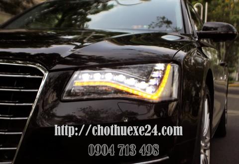 Audi A8L – limousine trên đường phố Sài Gòn