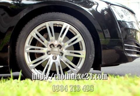 Audi-A8L-limousine-8