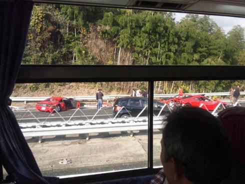 Tai nạn hi hữu – 9 siêu xe đâm nhau liên hoàn