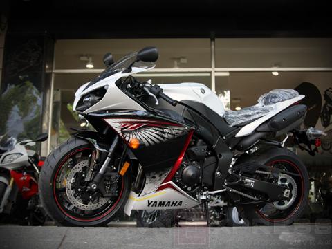 Vẻ đẹp siêu môtô Yamaha YZF-R1
