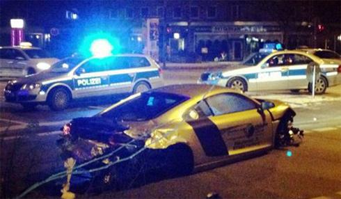 Kẻ trộm Audi R8 gây tai nan ngay sau khi hành động ở Ai cập