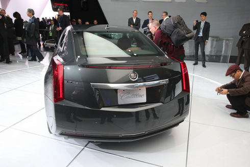 ra-mat-phien-ban-Cadillac-ELR-3