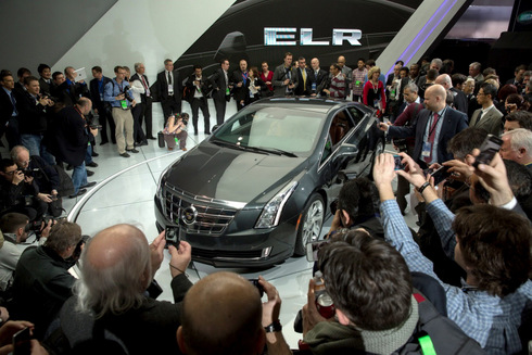 ra-mat-phien-ban-Cadillac-ELR-6