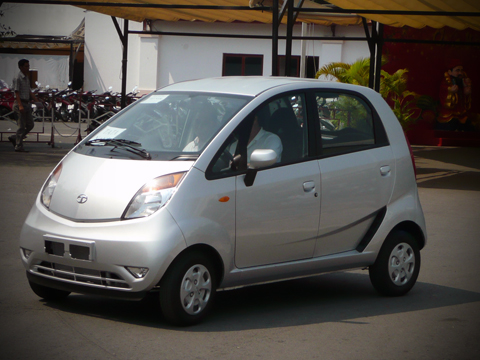 Tata Nano – ô tô rẻ nhất thế giới có mặt tại việt nam