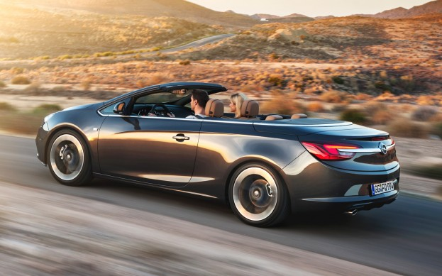 Opel-Cascada-rear-three-quarter-2-623x389