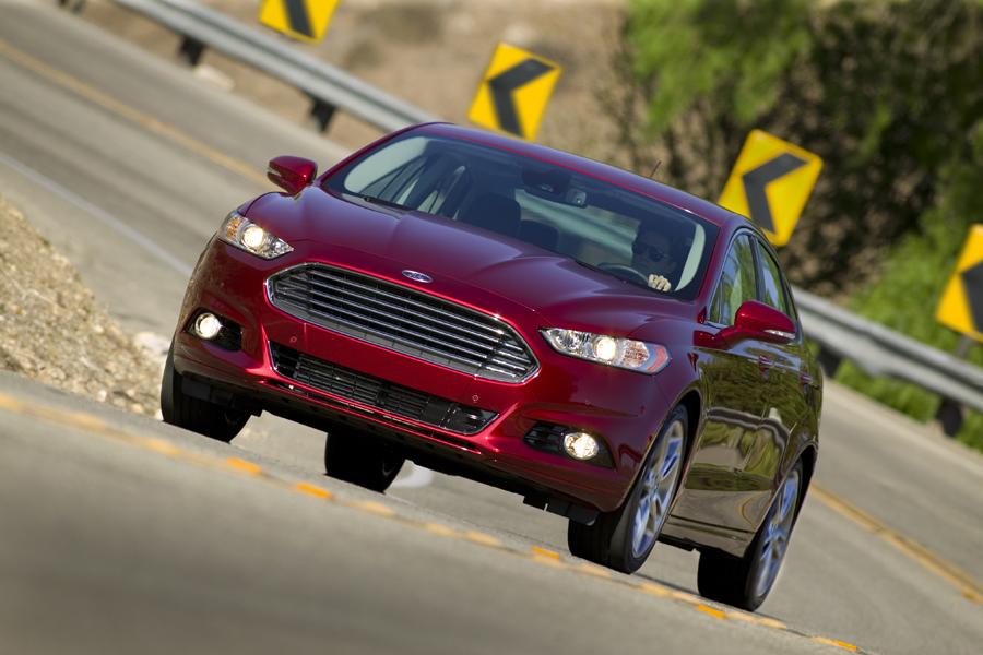 Ford Fusion 2013 – Dưới góc nhìn của chuyên gia