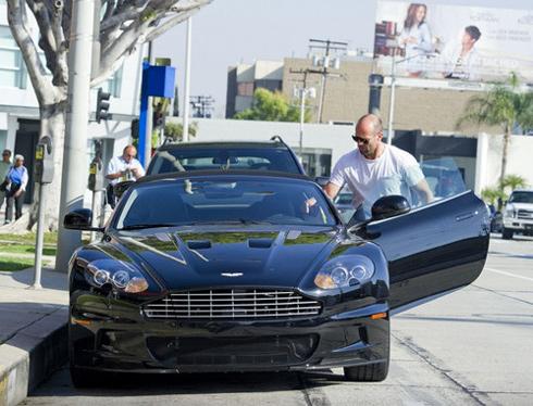 Câu lạc bộ người nổi tiếng của Aston Martin