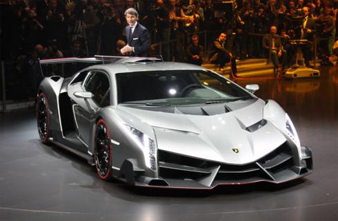 Trình làng siêu xe Veneno giá 3,9 triệu USD của Lamborghini