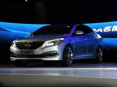 "Hyundai Mistra, ""đàn em"" của Sonata"