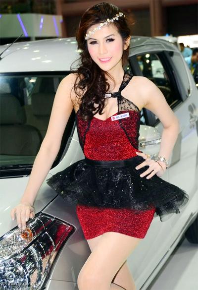 nguoi-dep-sieu-mau-o-bangkok-motor-show-2013-5