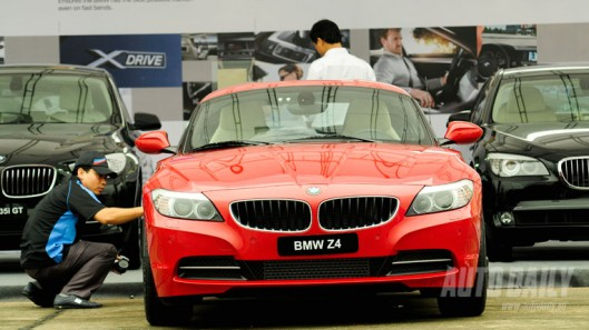 Ôtô nhập khẩu đột ngột tăng mạnh trở lại