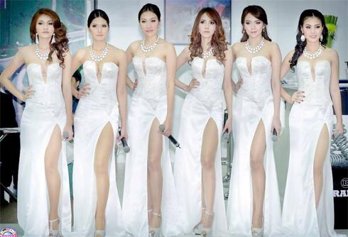 sieu-mau-goi-cam-tai-bangkok-auto-show-2013-8