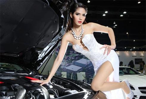sieu-mau-goi-cam-tai-bangkok-auto-show-2013-9