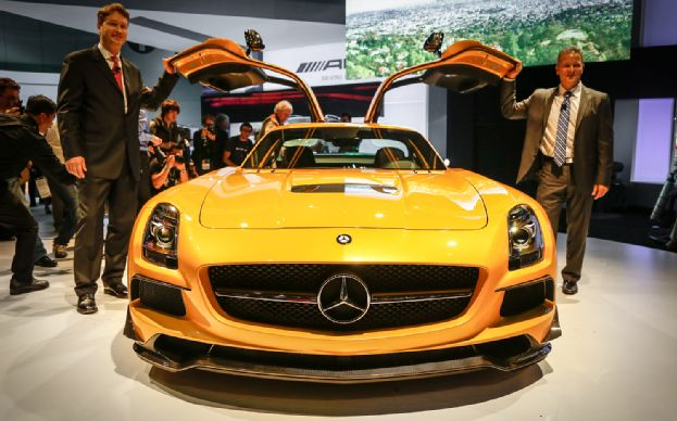 mercedes-sls-amg-2014-gia-it-nhat-275-000-usd