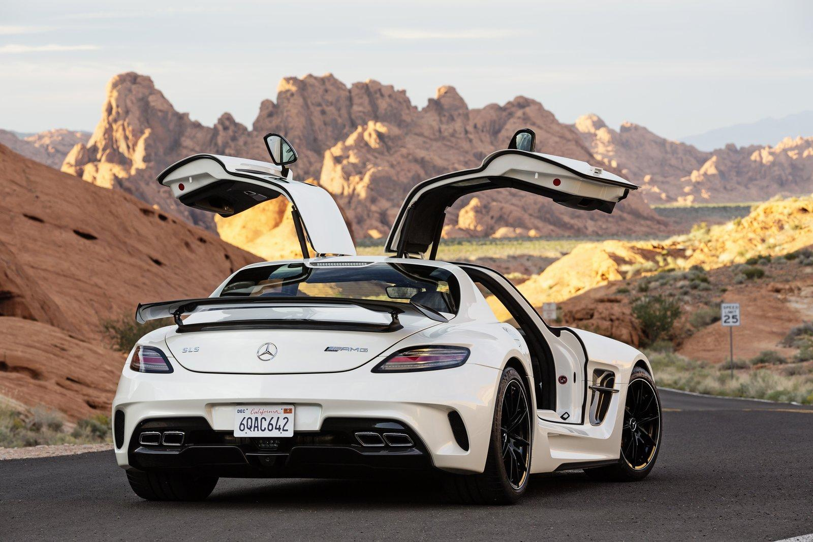 mercedes-sls-amg-2014-gia-it-nhat-275-000-usd3