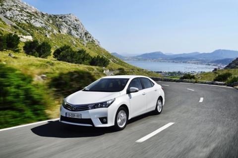 Xế hộp Toyota Corrola 2014 sắp xuất hiện