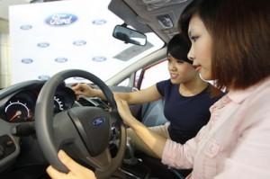 lái xe an toàn - cho thuê xe du lịch