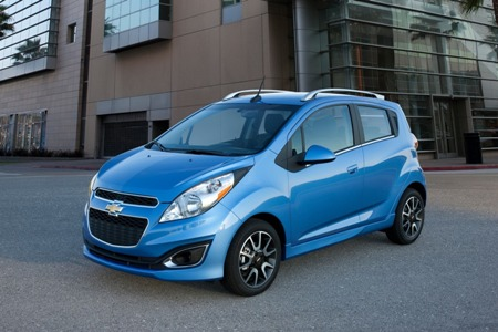 nam-2015-se-co-xe-chevrolet-spark-the-he-moi