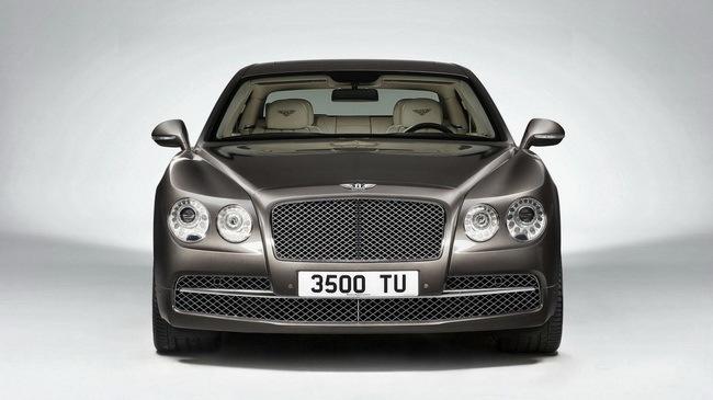 Bentley với kế hoạch sản xuất xe giống Porsche Panamera