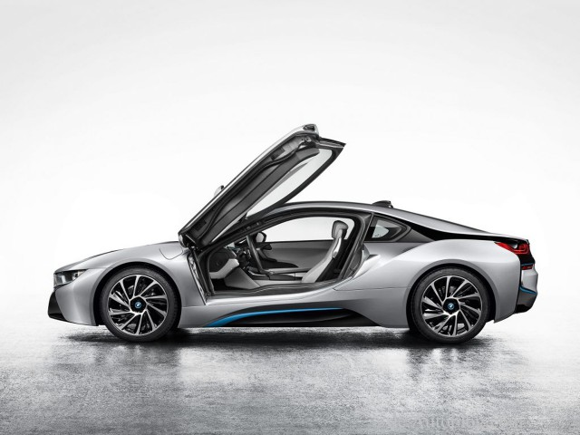 BMW i8 rò rỉ trước thềm Frankfurt