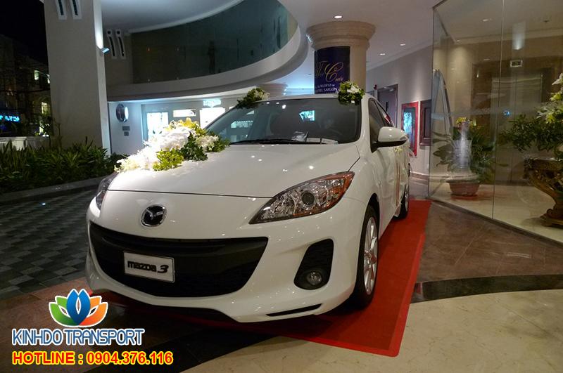 Cho thuê xe cưới 4 chỗ Mazda 3s